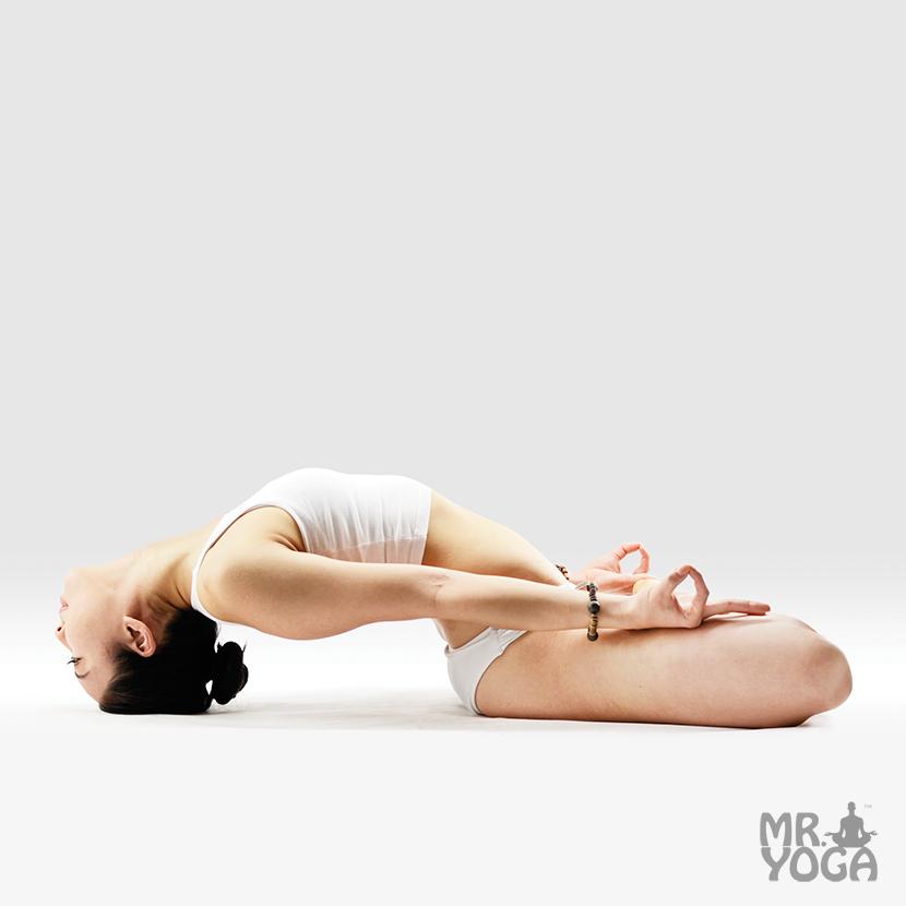 Yoga-Pose-Fish-Pose-Matsyasana