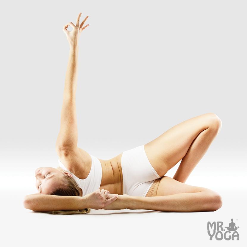 Yoga-Pose-Sideways-Half-Lotus-One-Handed-Big-Toe-Bow-Pose-Parshva-Ardha-Padma-Eka-Hasta-Padangushta-Dhanurasana